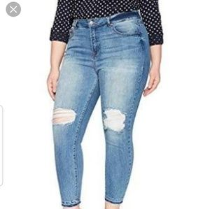 NWT Rebel Wilson X Angels The Retro Ankle Jeans